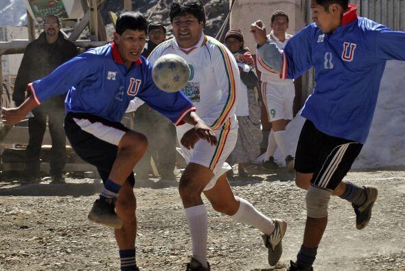 El fútbol boliviano fue noticia en el 2010 pero principalmente por el pr...