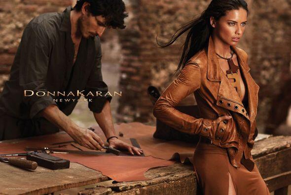 Entre sus campañas, DKNY también ha contado con la belleza...