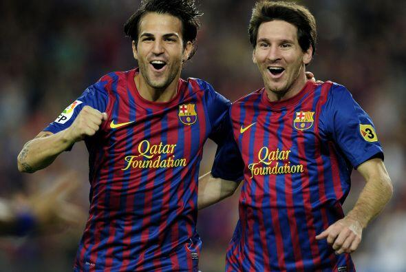 La dupla Fábregas-Messi se entiende a la perfección y los hinchas los di...