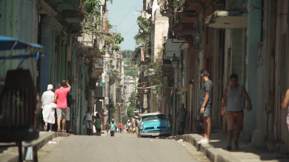 Eso ha dejado a muchos preguntándose en qué dirección política va Cuba.