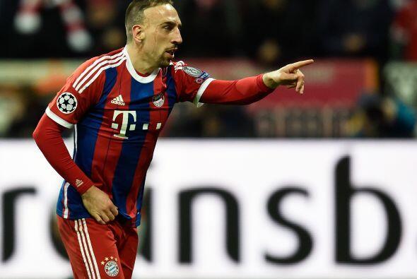 Frank Ribery marcaría el tercer gol al minuto 49 con una gran definición.