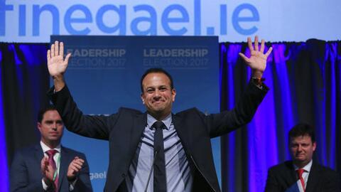 Leo Varadkar celebra su elección como nuevo líder del part...