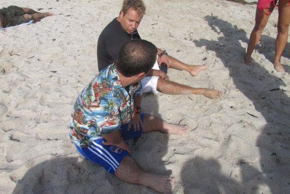 Descansando en la cálida arena de las playas de Miami.
