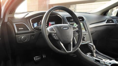 Volante del Ford Fusion 2015