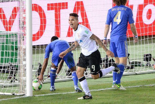 El peruano Paolo Guerrero anotó el gol que le dio forma definitiva al ma...