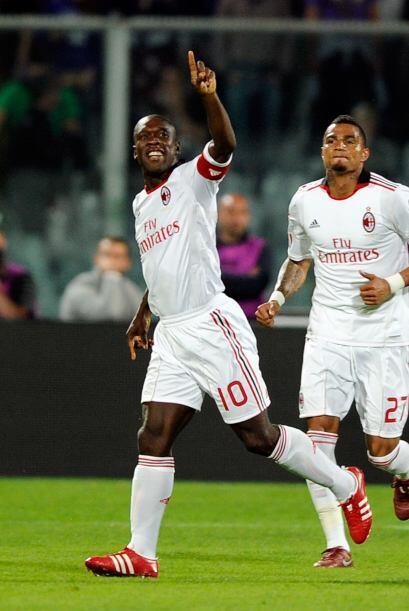 El Milan se mantuvo como líder en el fútbol italiano tras vencer 2-1 com...