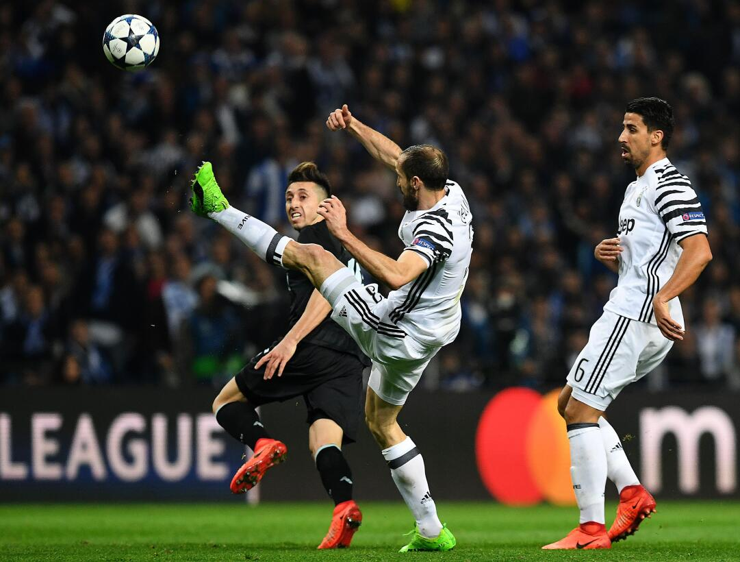 Juventus vence de visita a Porto y se acerca a cuartos en Champions Gett...