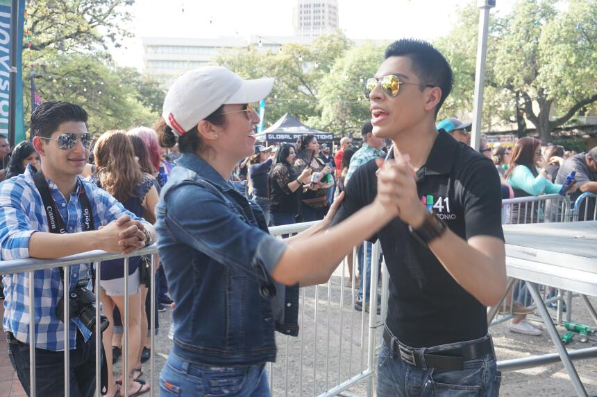 Thousands attend Day 1 of Univision Fan Fair