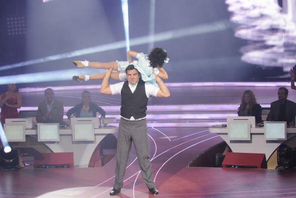 Pues Meli bailó con bastante precisión e hizo todas las vueltas sin mied...