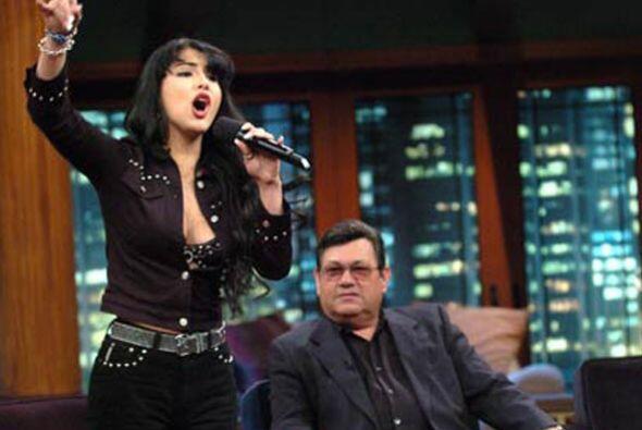 Donatella tenía 17 años cuando interpretó a Selena, cree que para ser su...