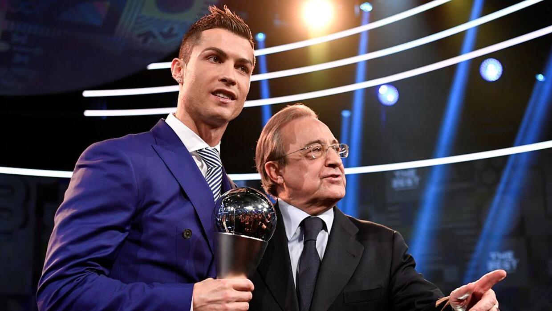 Florentino Pérez afirmó que aún no recibe ofertas por CR7.