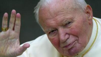 Polémica por la santidad de Juan Pablo II.