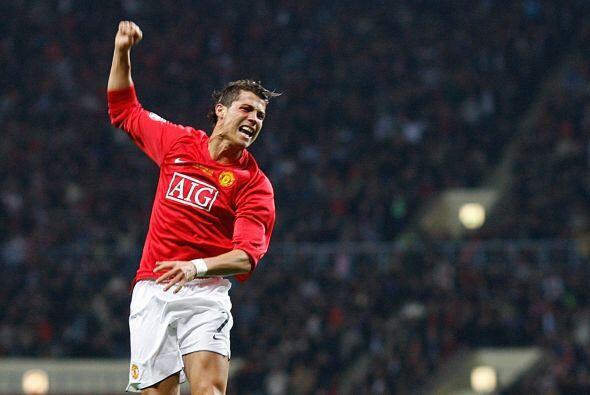 2008: Este año fue el de Cristiano Ronaldo, que demostró ser el mejor ju...