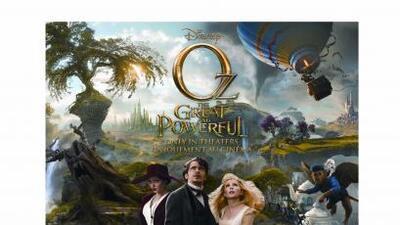 La firma de cosméticos OPI lanzó una colección de esmaltes para uñas ins...