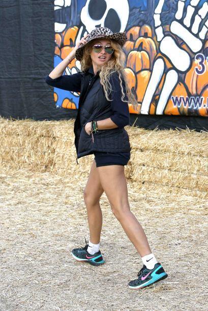 Paulina Rubio fue a buscar su calabaza