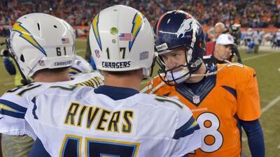 Philip Rivers y Peyton Manning son uno de los duelos entre quarterbacks...