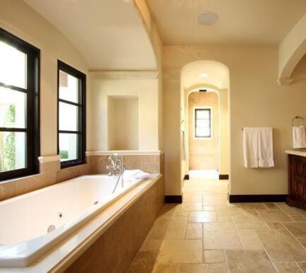 Baño de Stallone