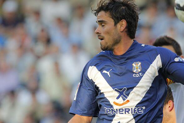 El defensa argentino Ezequiel Luna cambió el Tenerife por la Liga...