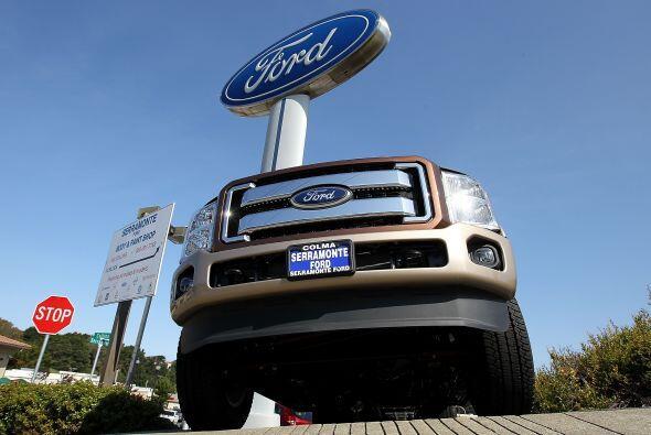 Por su parte, Ford anunció una caída de 5% de sus ventas en el mes de ab...