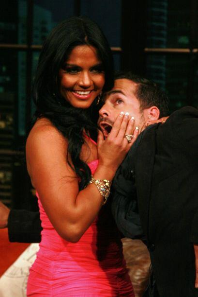 Y aunque le mostró la gran pechonalidad, Carlos no cayó en sus garras.