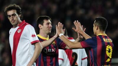 Messi y Alexis sumaron 3 goles ante el Rayo.