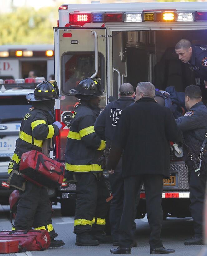 Cuerpos de rescate y autoridades responden ante el incidente en el sur d...