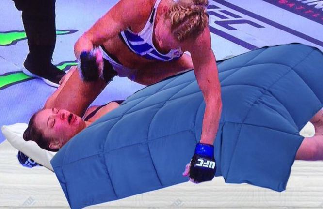 Memes de la derrota de Ronda Rowsey