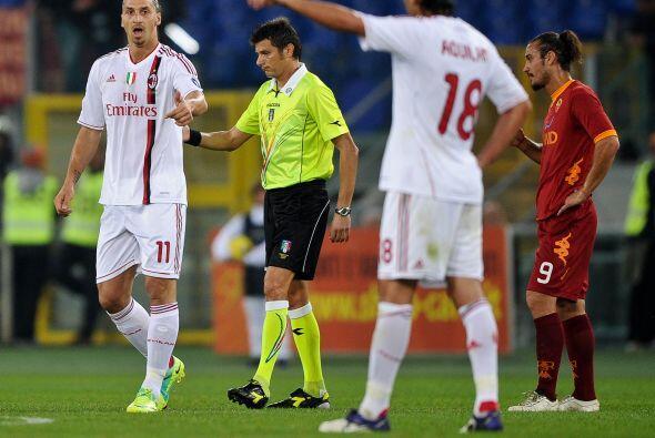 Con éste resultado, Milan sigue prendido en la lucha.