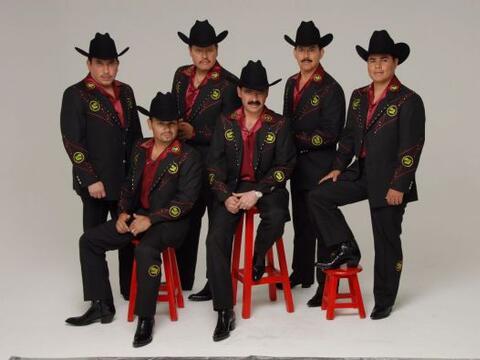 También nos acompañarán Los Tucanes de Tijuana, qui...