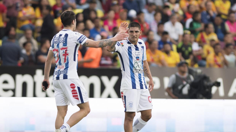 Víctor Guzmán fue el héroe del partido con dos goles.