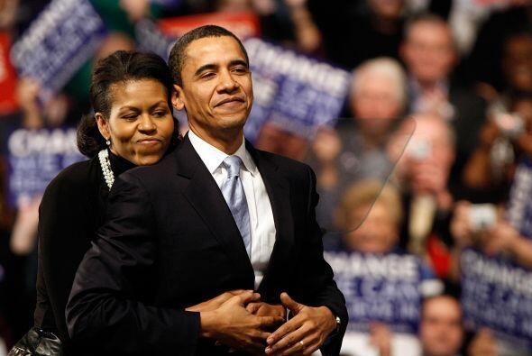 Pero poco después del triunfo electoral de su marido, la jefa de hogar s...