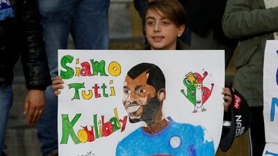 En fotos: el respeto de los fanáticos a Koulibaly y el triunfo de Napoli sobre Bologna