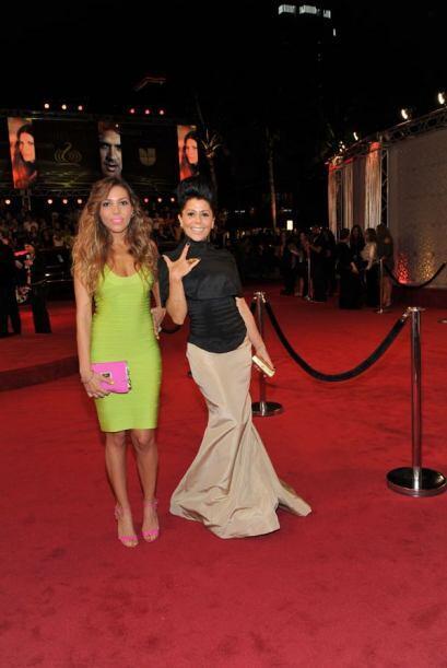 La cantante llegó muy bien acompañada por su hija Frida Sofía que presum...