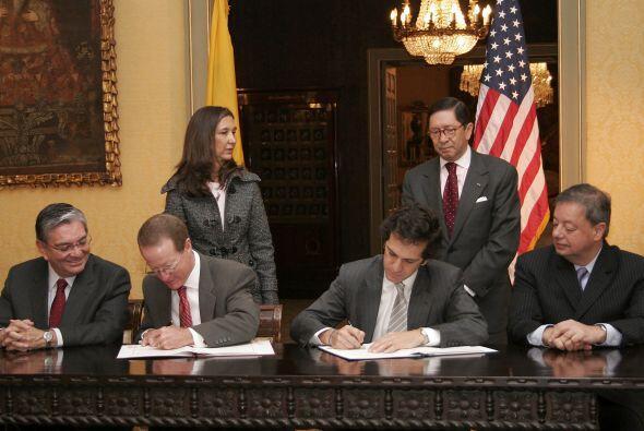 """El """"Acuerdo complementario para la cooperación y asistencia técnica en d..."""