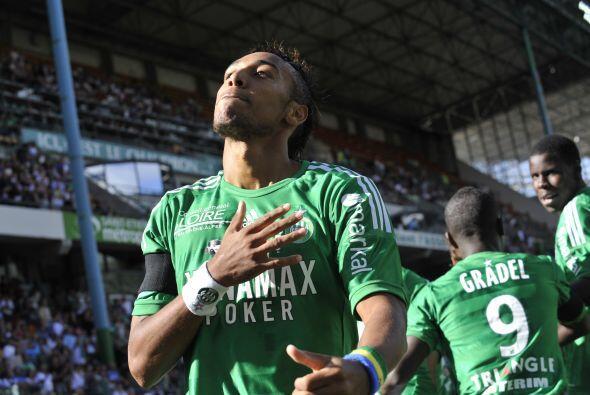 Delantero, Pierre-Emerick Aubameyang: Este delantero africano fue vital...