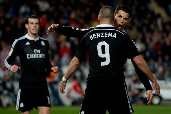 El trío ofensivo del Real Madrid, Cristiano Ronaldo, Karim Benzem...
