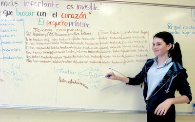 Spanish-English bilingual programs have grown rapidly throughout U.S. sc...