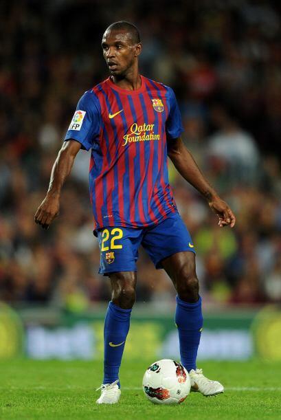 Eric Abidal está a punto de firmar su renovación con el Barcelona, pero...