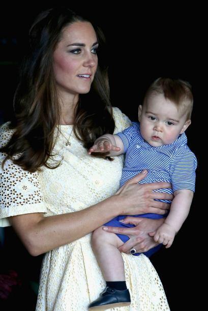 Kate lució muy guapa, pero el principito se robó todas las miradas.