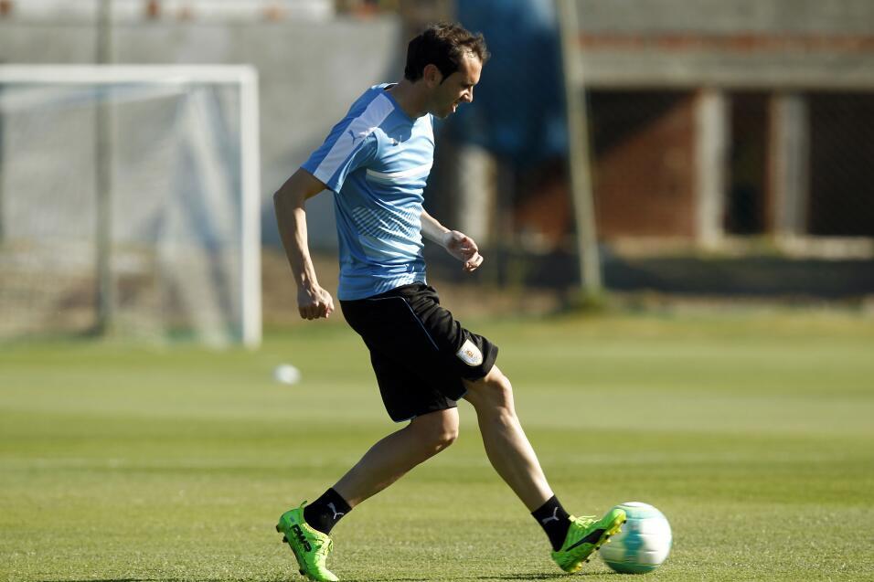 Atlético hunde al Málaga y presiona al Sevilla 636256459775307723.jpg