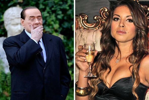 Está siendo interrogada por la justicia italiana por el caso de prostitu...