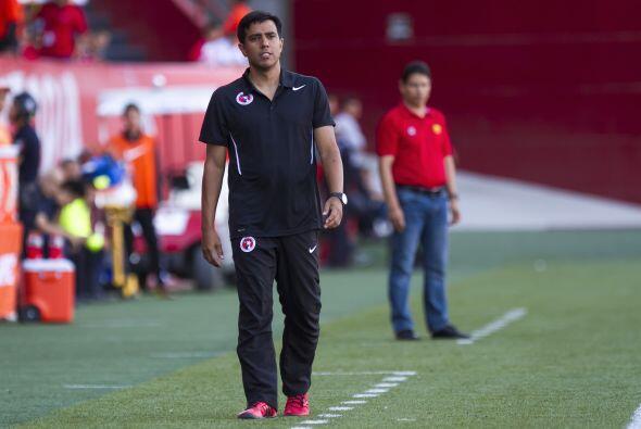 César Farias, director técnico venezolano, tuvo un primer torneo al fren...