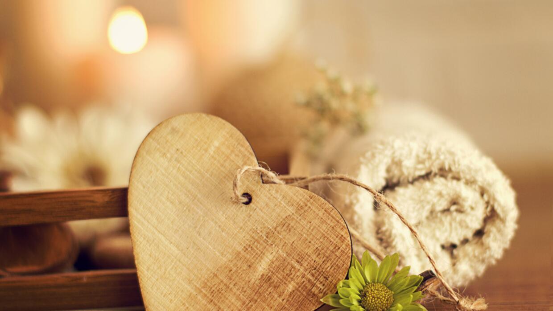 Atrae el amor con la ayuda del feng shui univision for Tecnica del feng shui