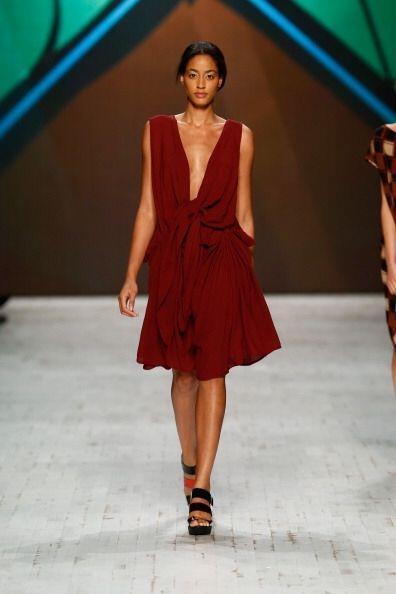 ¡Es un color provocador y súper elegante a la vez! Va perfecto con todo...