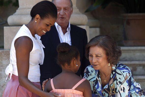 La primera dama Michelle Obama y su hija Sasha compartieron el domingo s...