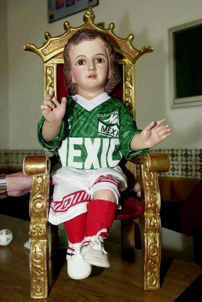 En esta fiesta, donde se celebra a México fuera de su territorio,...