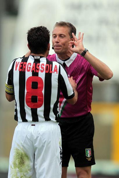 Simonne Vergassola, italiano que juega para el Siena de la Serie B de It...