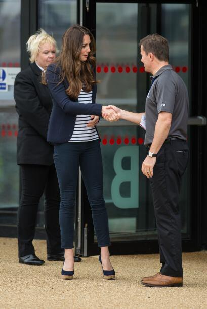 Kate visitó dicho lugar para apoyar a jóvenes deportistas. Mira aquí lo...