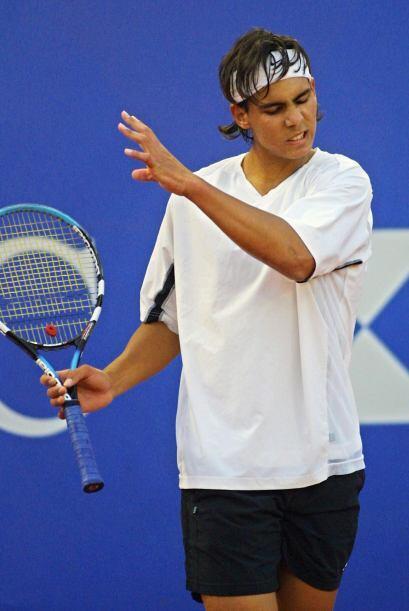 02.- En 2003, Nadal ingresó antes de los 17 años de edad a la lista de l...