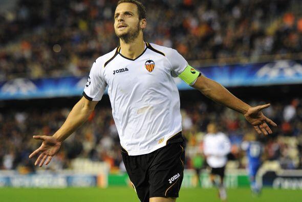 En la delantera está otro español y también de las inferiores del Madrid...